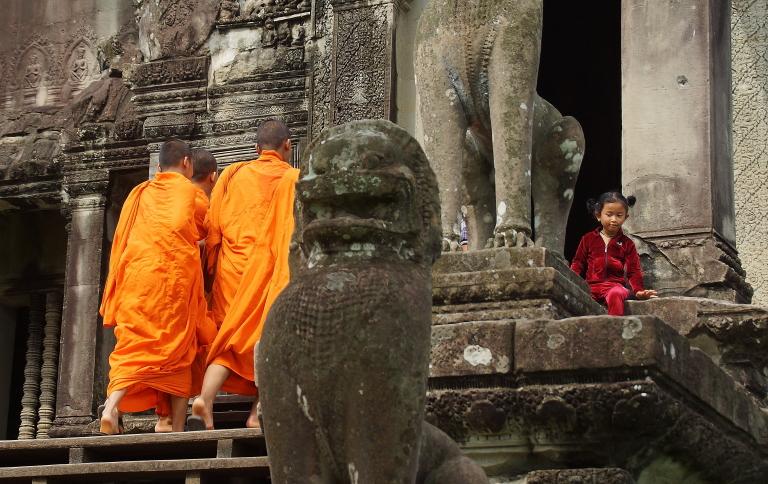 寺院を守るシンハ像