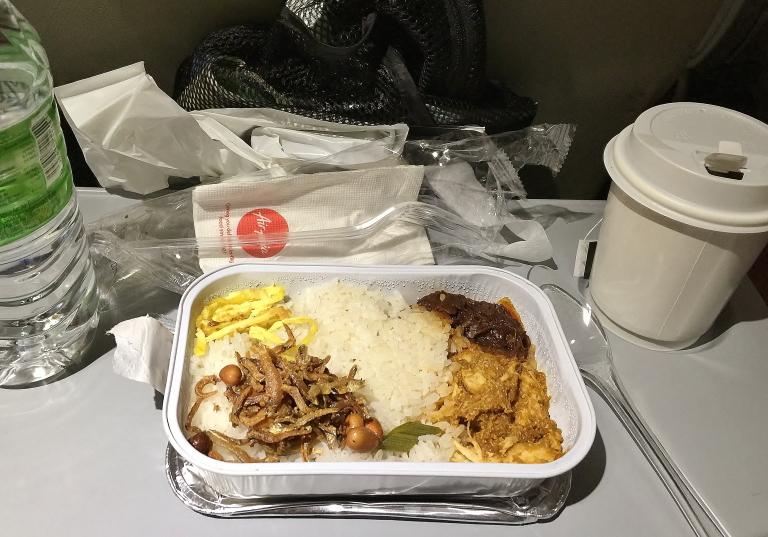 エアアジア機内食 おすすめ ナシレマ