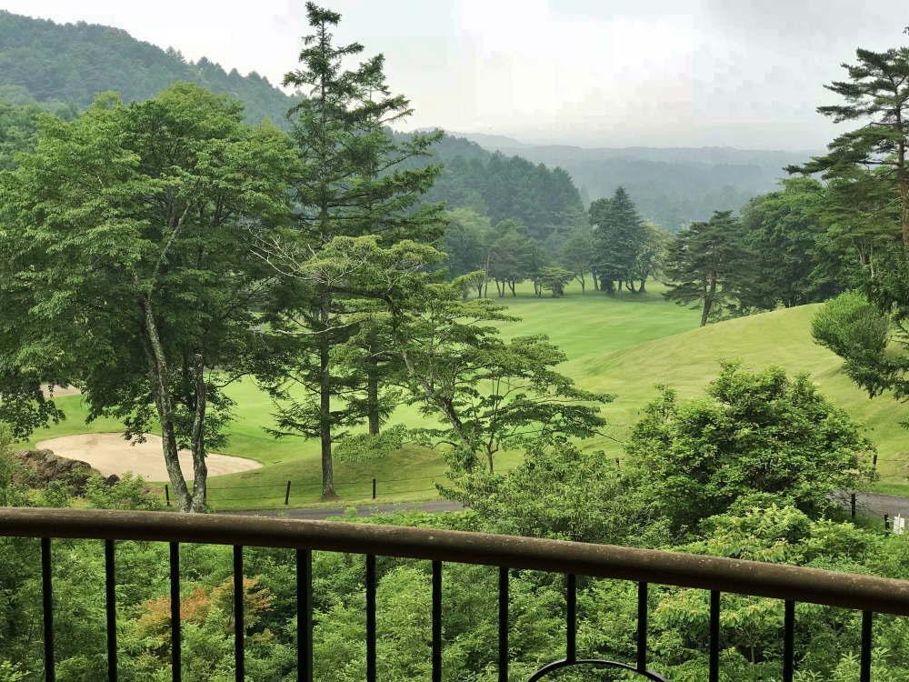 プリンス バケーション クラブ 軽井沢浅間 客室から見えるゴルフコース