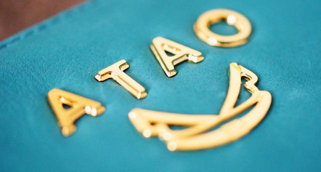 ATAO ロゴ 金具