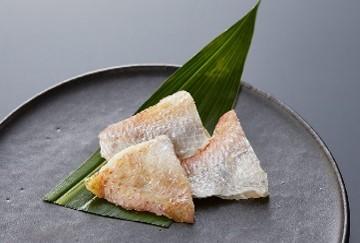 小鯛桜花漬