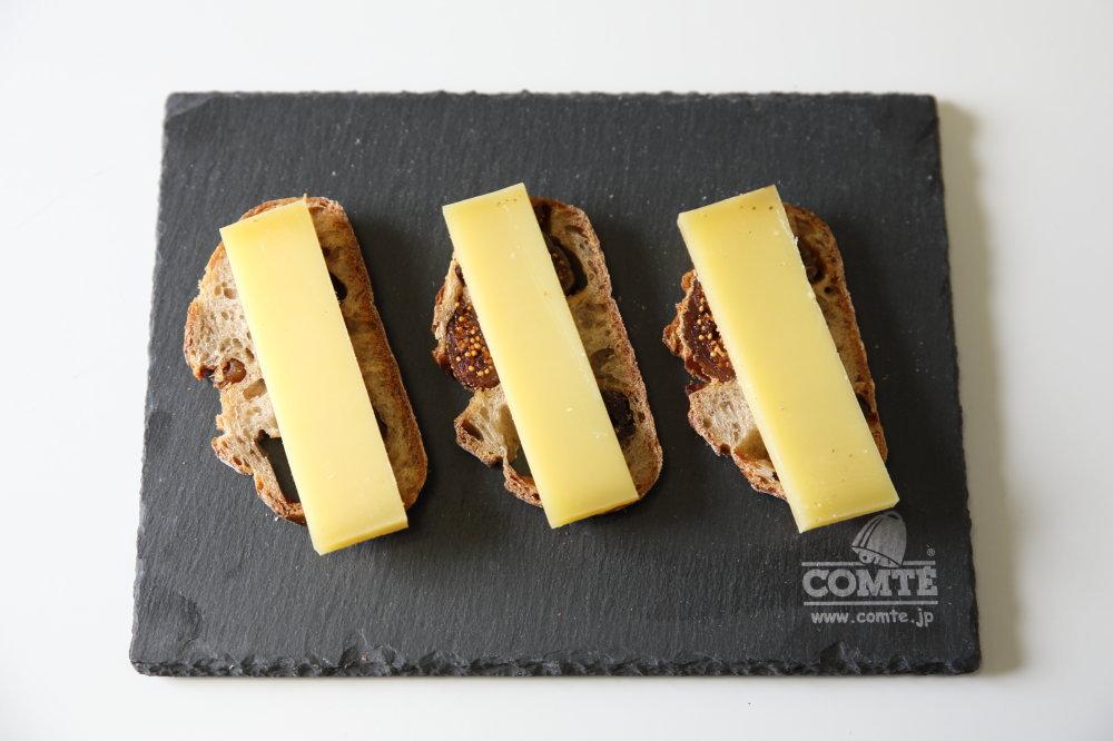 ドライフィグのパンとコンテチーズ