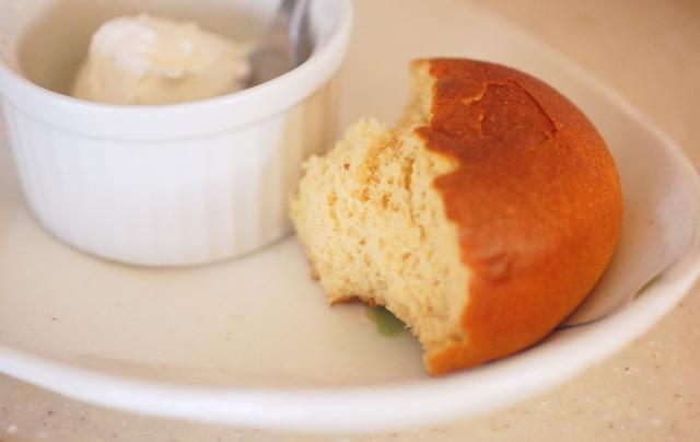おいしくないパン 食べ方