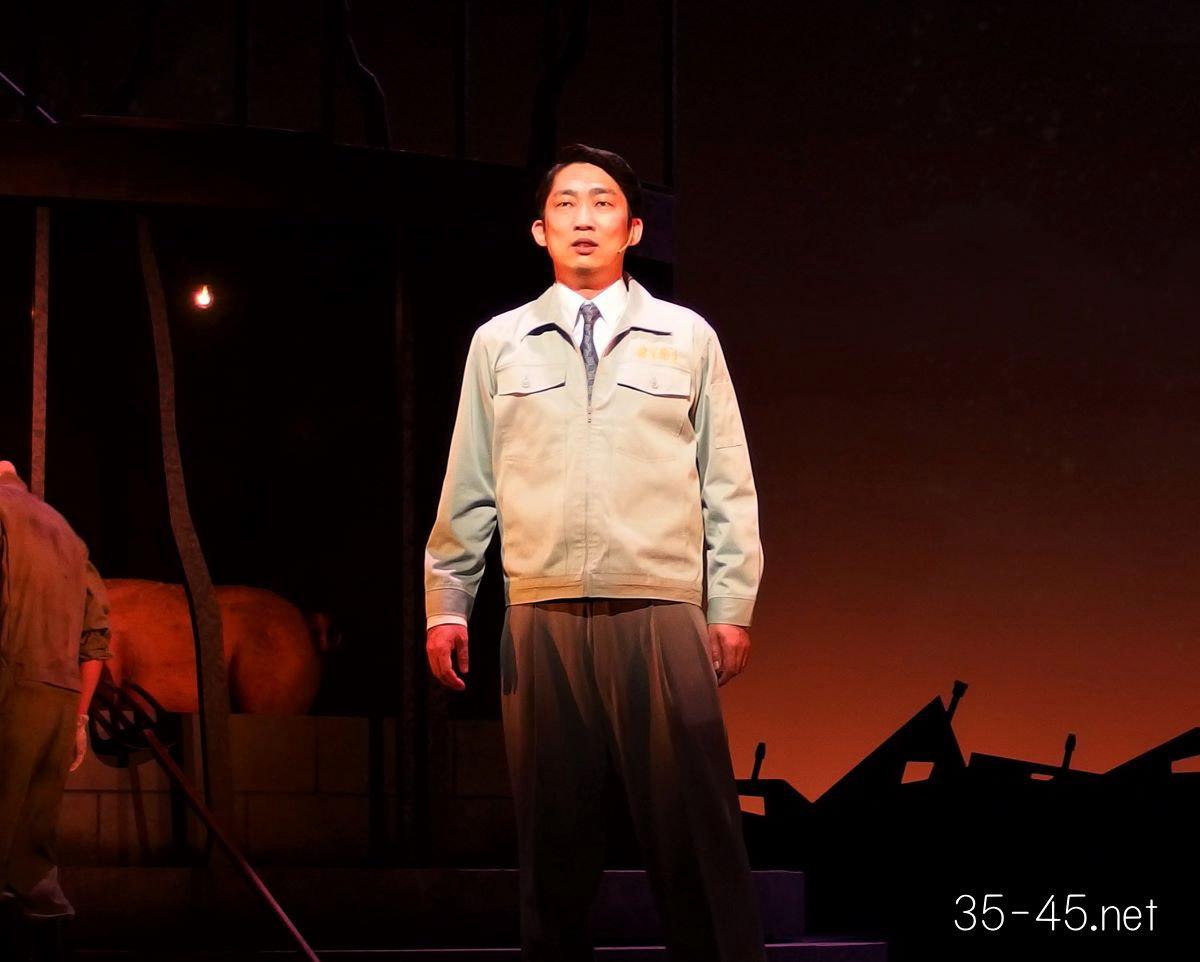 古田新太&尾上右近「ミュージカル『衛生』~リズム&バキューム~」ゲネプロ
