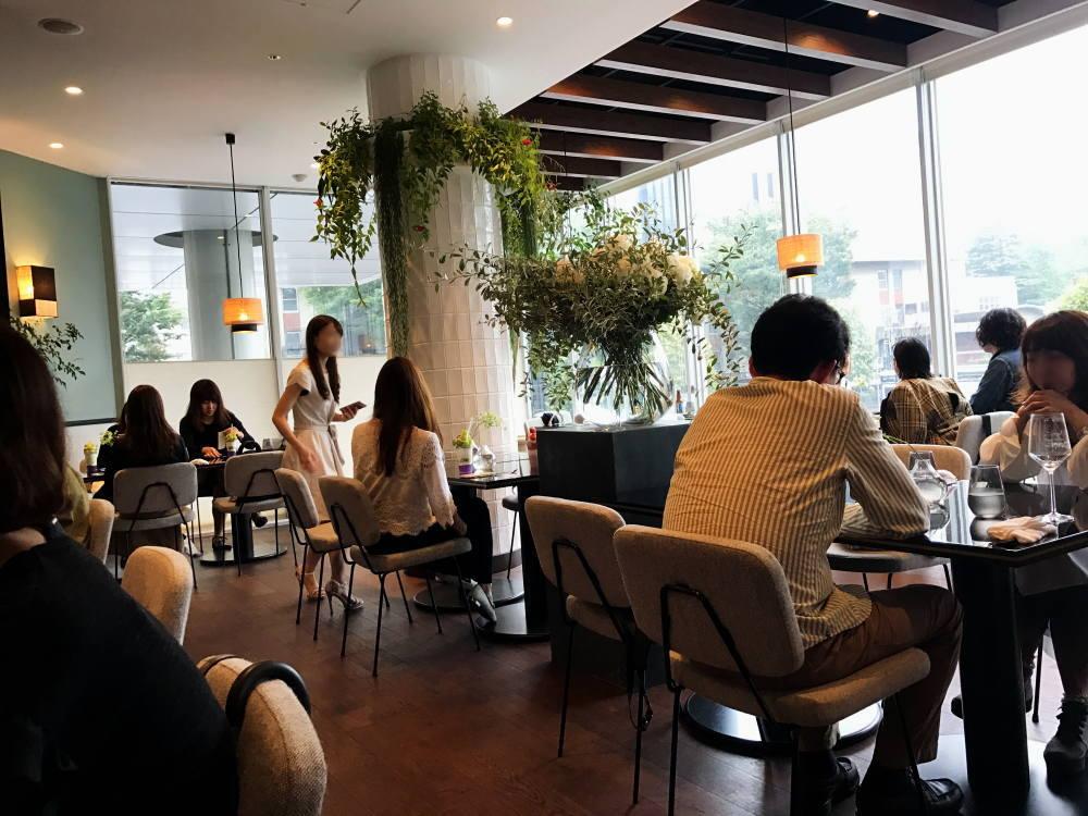 エルカフェ 青山 レストランの様子