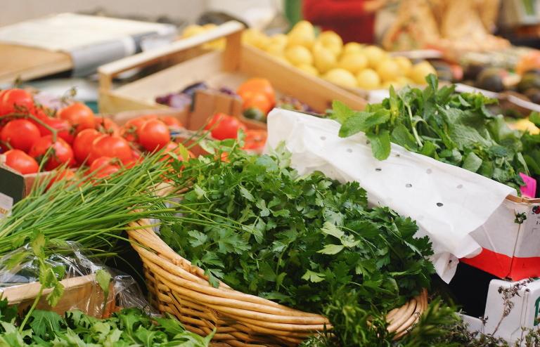 パリのマルシェ 野菜