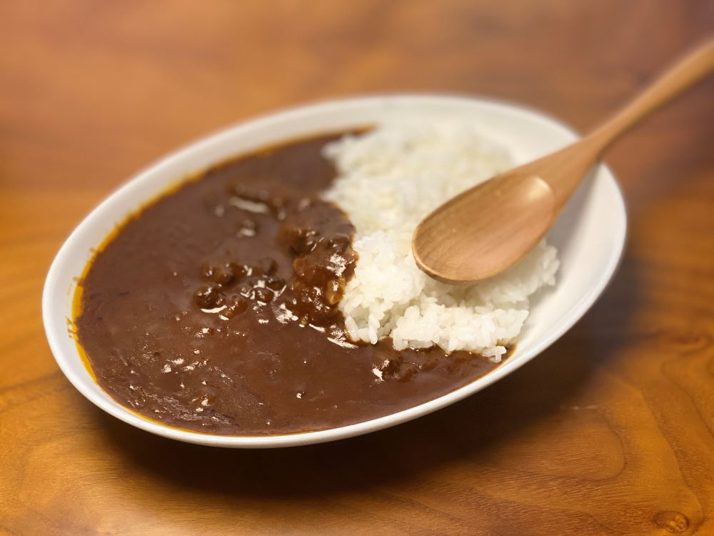 エスコヤマ 神戸牛チョコレートカレー食べてみた