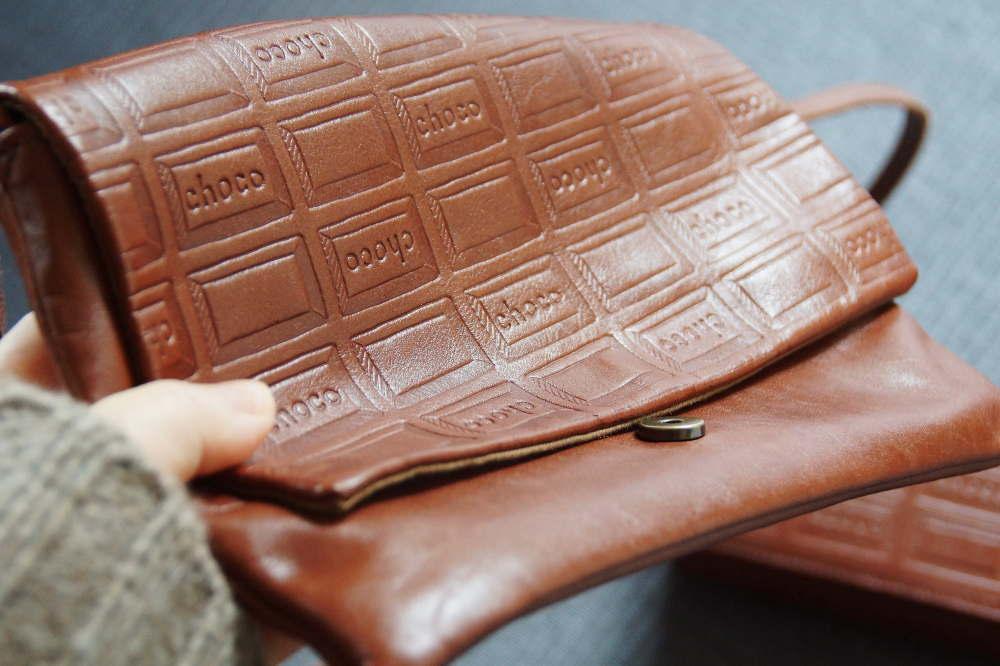 フェリシモ チョコレートのハンドバッグとお財布