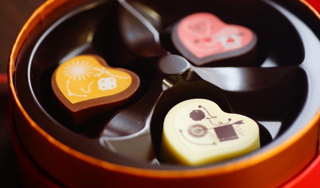 マンゴー ストロベリー ライチ チョコレート