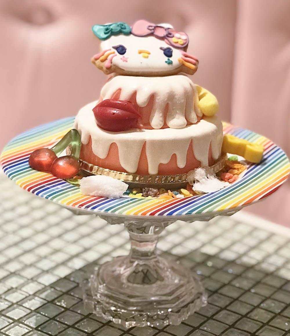 原宿×KAWAII×キティのスイーツゴーランドケーキ