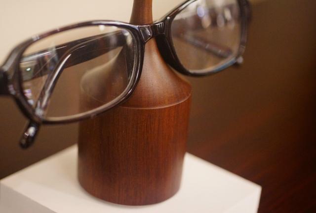 木製 メガネ置き
