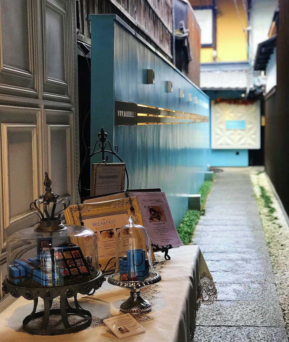 マリベル京都 入口の様子