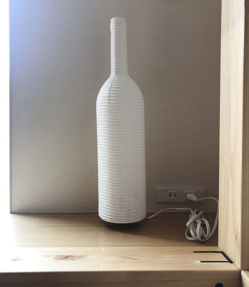 日本酒の瓶型のランプ