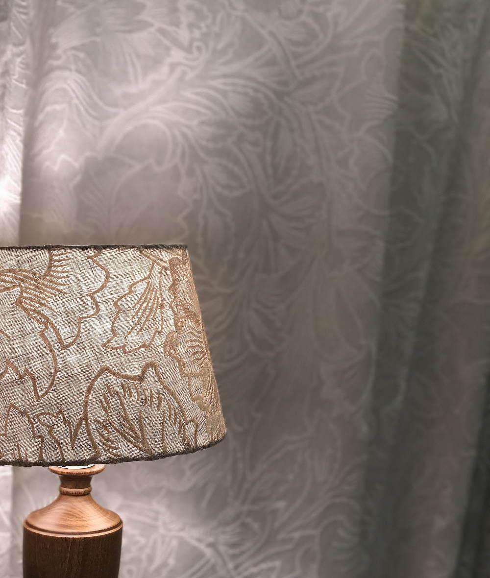 カーテンココのショールームで見たピュアモリスのカーテン