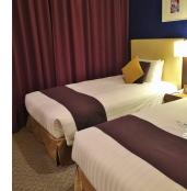 シモンズ製のシングルベッド(幅110cm×長さ203cm)×2台