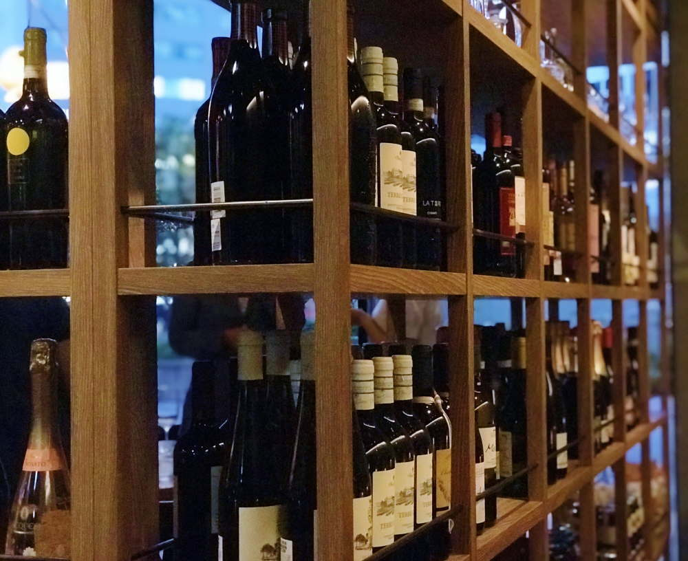 オービカ モッツァレラバー ワイン