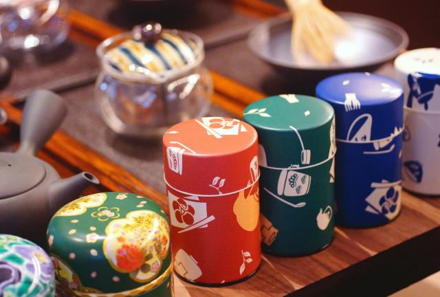 日本茶を「入れる」「食す」レストラン