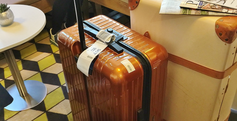 パリ旅行 お勧めスーツケース リモワ
