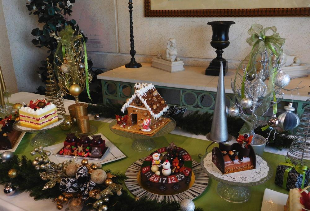 ロイヤルパークホテル クリスマスケーキ