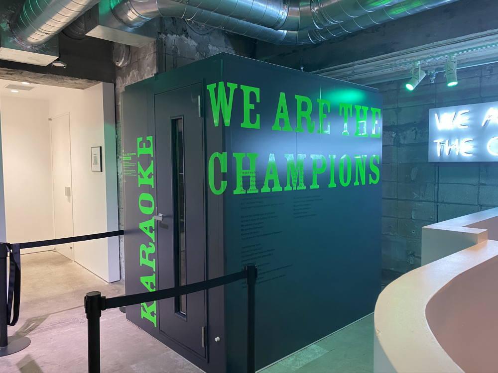 『WE ARE THE CHAMPIONS – Karaoke Champion』(PARK B3 / 地下3階)