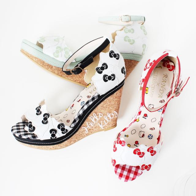 HELLO HELLO HELLO KITTY's sandals