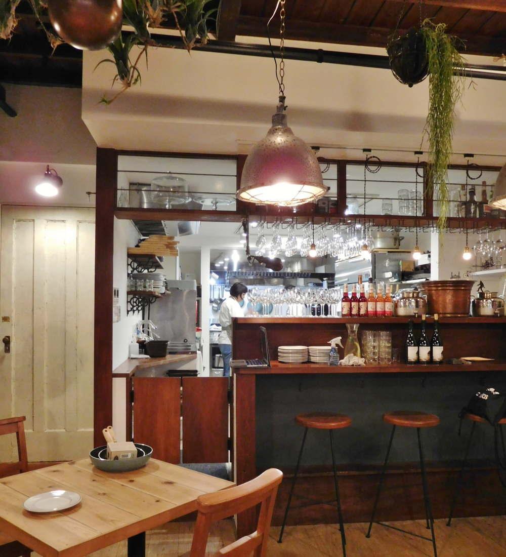 サスティナブルキッチン ROSY 古民家をリノベーション