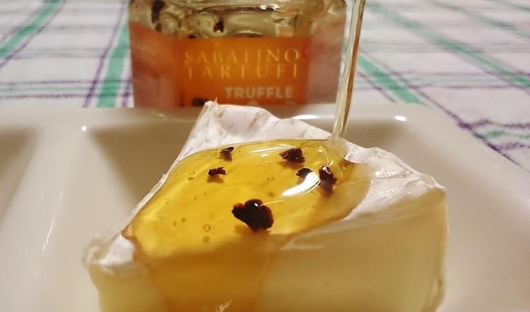 トリュフ蜂蜜 カマンベールチーズ