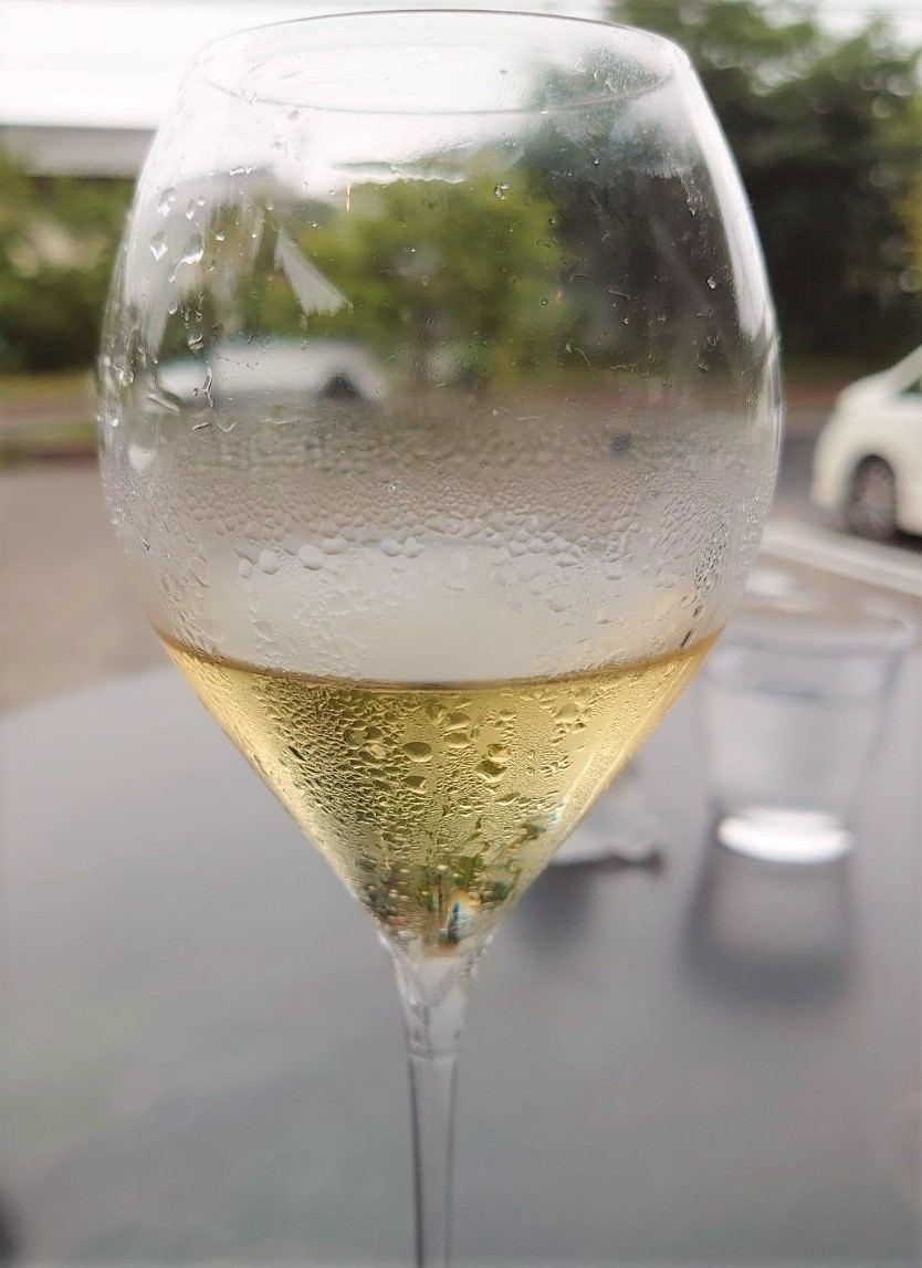 シャンパン 雨の日サービス