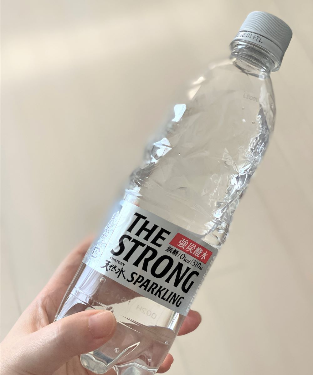 THE STRONG 天然水スパークリング