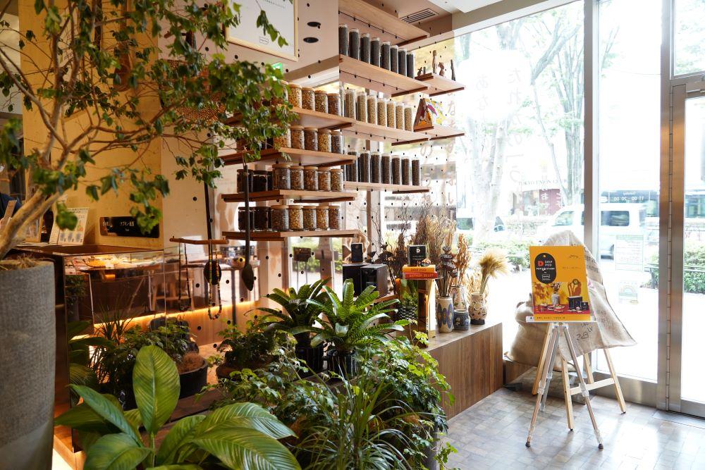 ウェルフードマーケット&カフェの「imperfect表参道」