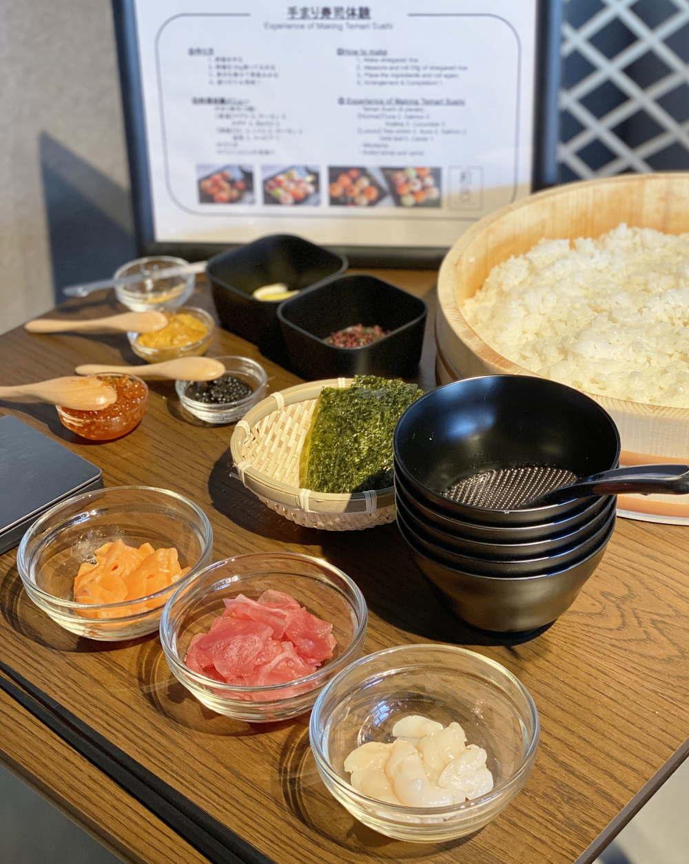 浅草で料理体験!自分だけのオリジナル手まり寿司作り