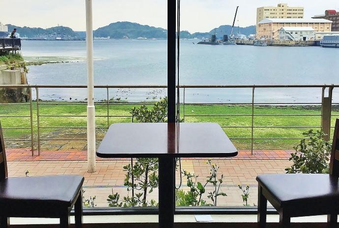 横須賀 スターバックス 景色