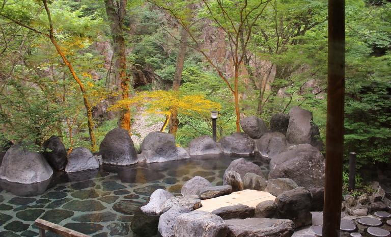 湯西川温泉 露天風呂